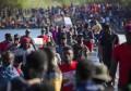 美国计划加大力度驱逐聚集在得州边境的海地移民