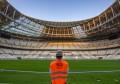 卡塔尔世界杯决赛球场完成草坪和屋顶索膜铺设