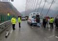 四川雅西高速一辆载36人大客车侧翻 已致6人死亡