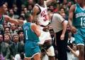 NBA史上个头最矮的博格斯,职业生涯有39个封盖,曾帽过尤因